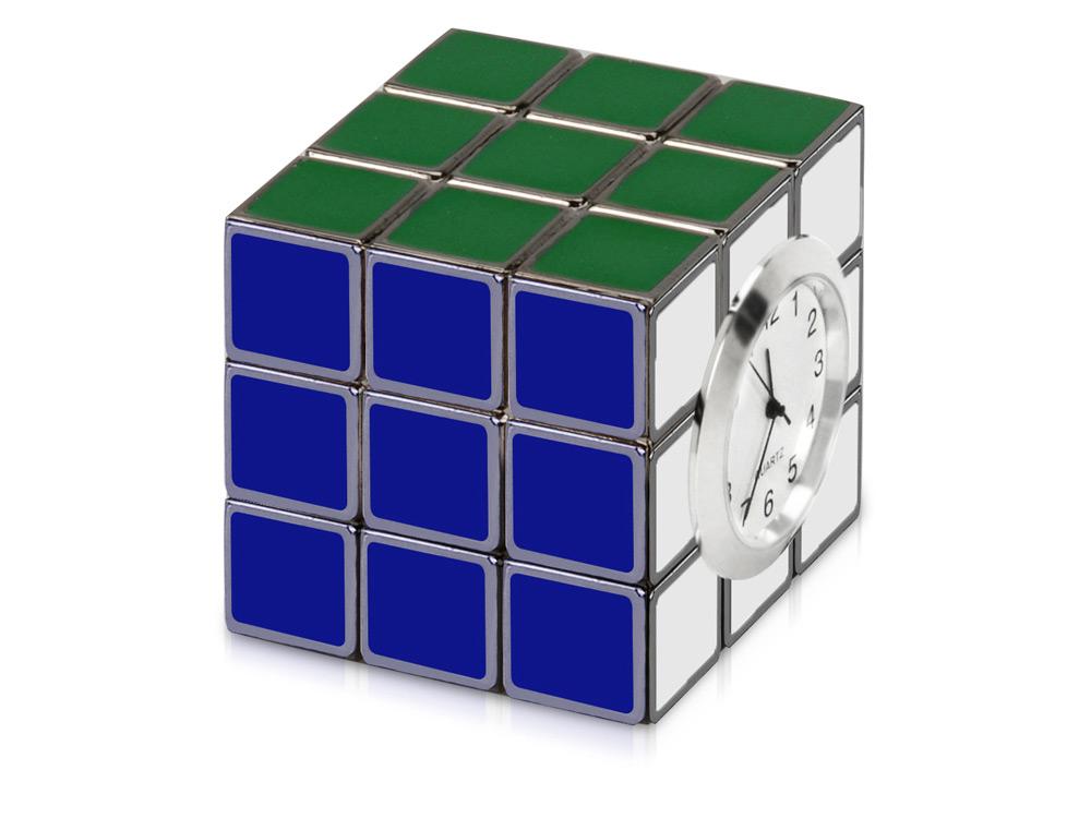 Настольные часы из трех кубиков
